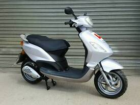 2008 PIAGGIO FLY 125 SCOOTER FULL MOT *LOW MILEAGE*