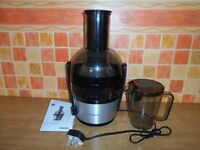Philips juicer - Never used - For juicing fruit and vegetables.