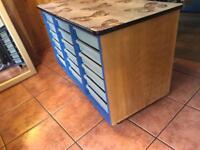 Storage unit/drawers