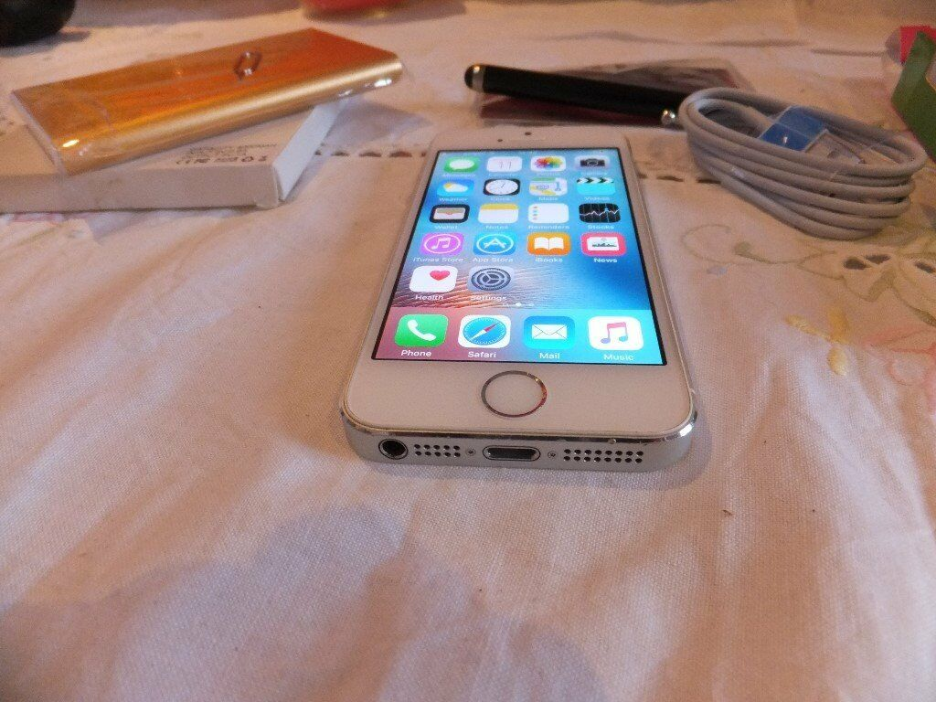 apple iphone 5s 16 unlocked to all networksin East Molesey, SurreyGumtree - apple iphone 5s 16 unlocked to all networks APPLE IPHONE 5S / 16GB / UNLOCKED TO ALL NETWORKS Apple 5s runs on iOS operating system and offers useful features, including Fingerprint Sensor. This silver smartphone is powered by a reliable processor,...