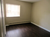 Hamilton 2 Bedroom Apartment for Rent: Laundry, parking, secure