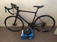 2016 new giant defy advanced 3 fully carbon fibre cost £1200 used twice with free helmet