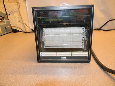 Yokogawa Model R100 4156-500bu Chart Recorder 115 Vac 60 Hz