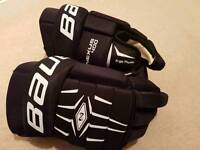 Bauer Ice Hockey Gloves