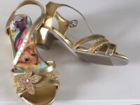 Disney store Rapunzel shoes size 1