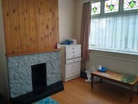 Affordable Rent: 2 double rooms £295pcm each or a couple room with additional office room £595 pcm