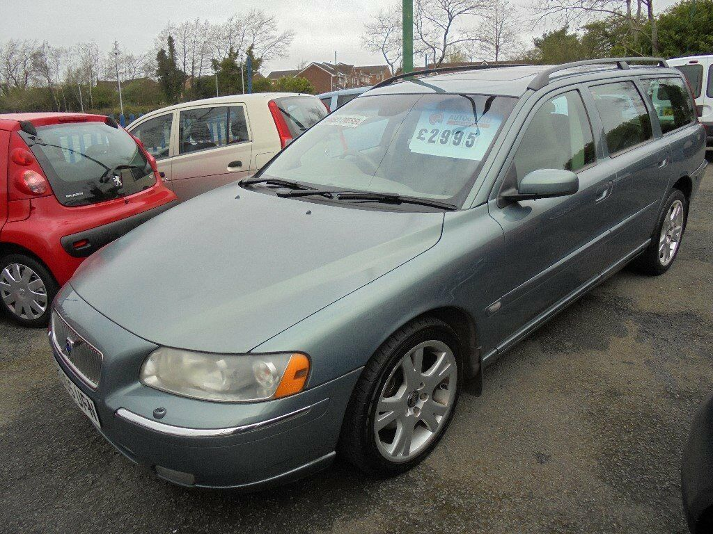 volvo v70 d5 se 2401cc turbo diesel 5 door estate 2005 05 in llansamlet swansea gumtree. Black Bedroom Furniture Sets. Home Design Ideas