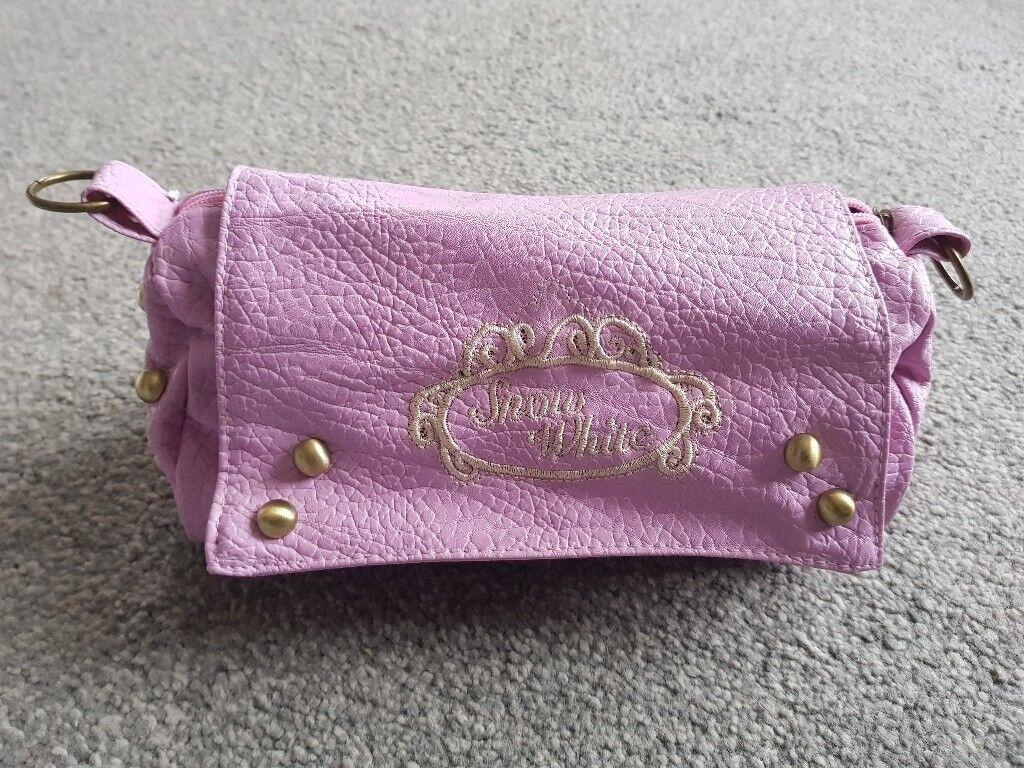 """Gorgeous girls """"Snow White"""" handbag - Brand New - Uplift East Kilbride"""