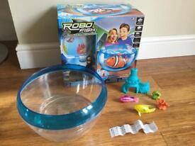 ROBO Fish- lifelike robotic fish and aquarium playset