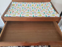 Babies R Us Wooden changing table + JL Changing mat