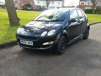 Smart FORFOUR Hatchback In Black 1.1