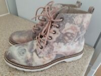 Rose pink dock martin style boots size 5