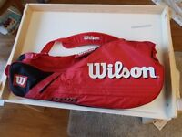 Wilson tennis bag with space for three racquets, shoes & 2 tins of balls