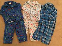 Pyjamas 6-12 months *£2 a pair*