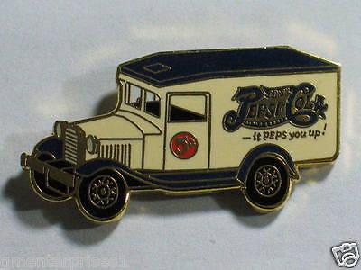 Pepsi Pin Pepsi Truck Advertizing Pin Badge (#004 Drinks)