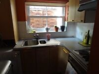 DIRECT LANDLORD NO AGENCY FEE AVAILABLE NOW ONE BEDROOM GARDEN FLAT SW19 3NW