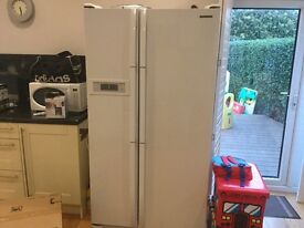 White Samsung American Style Fridge Freezer.