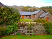 2 interlinked barn conversion cottages on couryard. Totally ruarl with great accces and safe parking