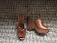 Aldo wooden wedges. Size 7 brown
