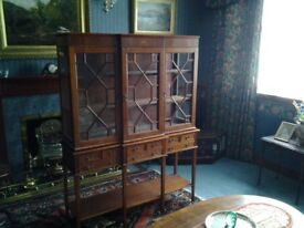 DISPLAY WALL CABINET reproduction