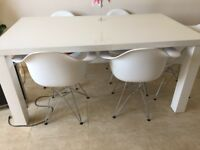 White Gloss Dining Table and 6 white chairs