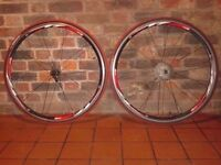 Pair wheelset Rodi 4 Airline road race complete wheels 700c red tyres tubes quick release