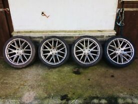 Audi Q7 Set of 4 alloy wheels and tyres