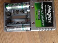 Energiser Battery Recharger : AA - AAA- 9v