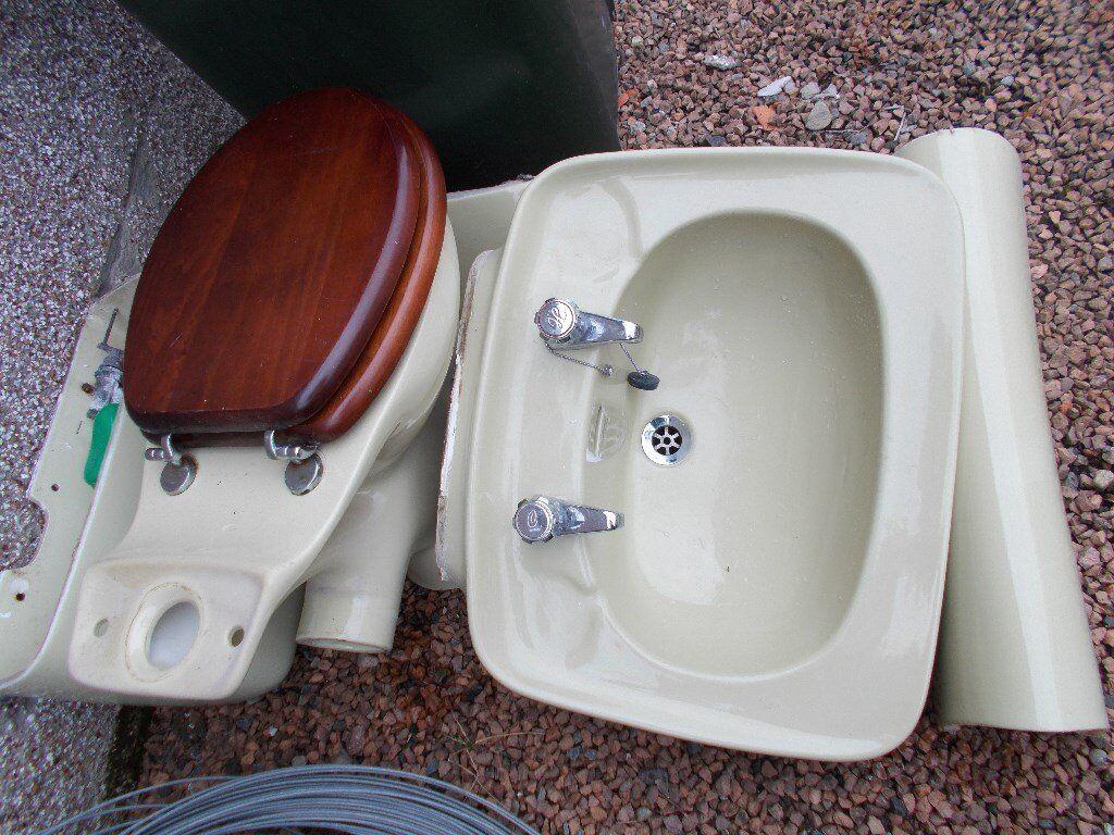Avocado Bathroom Suite Retro 1970s Avocado Bathroom Suite Top Quality Ceramic Armitage