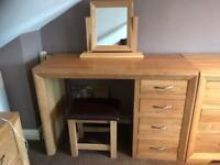 Bedroom furniture set - Solid Oak