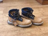 Timberland men's boots size 7.5 UK