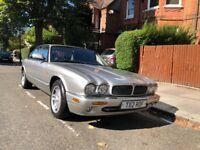 Jaguar XJ Sport 3.2 V8, 2 Keys, Working AC and Parking Sensors