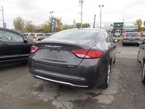 2016 Chrysler 200 Limited | ONE OWNER | HEATED SEATS | SAT RADIO London Ontario image 7