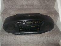 JVC / 720 PORTABLE CD RADIO CASSETTE BOOMBOX