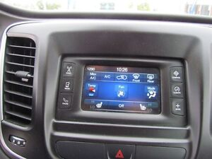 2016 Chrysler 200 Limited | ONE OWNER | HEATED SEATS | SAT RADIO London Ontario image 14