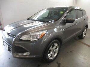 2014 Ford Escape SE! BACK-UP CAM! ALLOYS! HEATED SEATS!