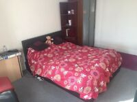 Refurbished & Luxury Double room in Greenford