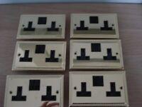 BRASS DOUBLE ELECTRIC SOCKETS