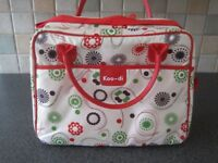 Koo-di maternity weekender spacious baby bag with baby changing mat. Excellent condition.
