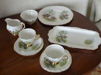 """""""ROYAL IMPERIAL"""" TEA SET in FINEST BONE CHINA"""