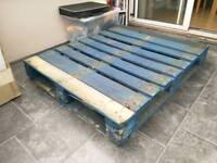 Free pallet available for collection