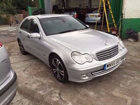 2005 MERCEDES C200 CDI SE 2.1 DIESEL MANUAL , DRIVES WELL.