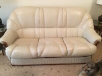 Cream leather 3 seater settee & recliner chair
