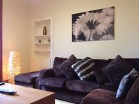 Two double bedrooms situated in the Heart of the City Center (Morrison St/Gardener Crescent)