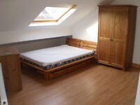 ATTRACTIVE LARGE ATTIC ROOM to RENT in SHARED HOUSE
