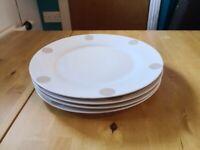 Set of 4 white large porcelain dinner plates £1