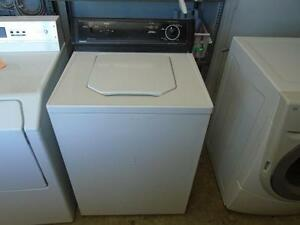 LAVEUSE TOP LOAD WASHER  HOT POINT