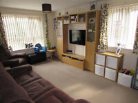 Spacious 2 bedroom flat in Romford dss accepted with guarantor