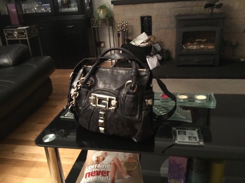 Big black Guess handbag  038f33559122d