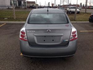 2009 Nissan Sentra 2.0 NO ACCIDENTS! LOW KMS London Ontario image 4